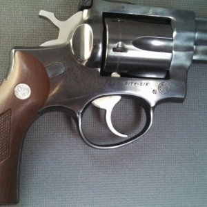 Ruger Security Six Blued 2 3/4 inch bbl .357 Model.